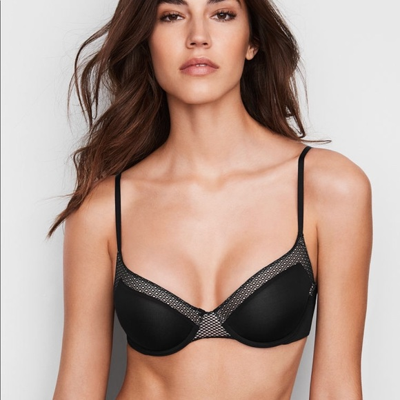 87a370aacca9 Victoria's Secret Intimates & Sleepwear   Vs Lightly Lined Scoop ...